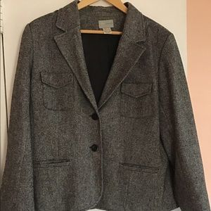 Laura Clement wool blazer, 16.